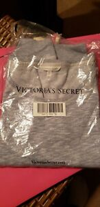New Victoria's Secret Sweatshirt Light Gray Size  XLarge