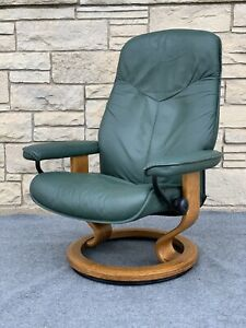 Danish Modern Ekornes Stressless Recliner Chair in Small Size in Forest Green Le