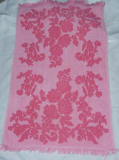 VINTAGE MID CENTURY HOT PINK WITH FRINGE CANNON REVERSIBLE ROSE BATH TOWEL 40X26