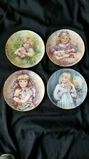 Wedgwood The Blossoming of Suzanne Set 4 Collector Plates Mary Vickers England
