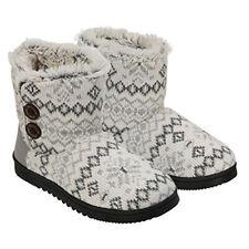 Dearfoams Women's Memory Foam Sweater Knit Bootie Slippers, Grey/White Small 5-6