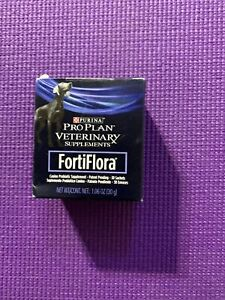 Purina FortiFlora Canine / Dog Probiotic Supplement - 30 Sachets - Exp 09/21/21
