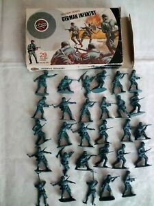Airfix vintage German infantry 1/32 scale poly
