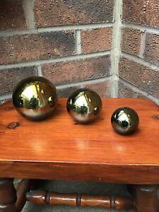 SET OF 3 UNUSUAL GOLD HOME DECORATIVE ORNAMENTS GLASS BALLS