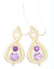 GOLD Tone indefinito / numero 8 in oro Orecchini con cristalli rosa