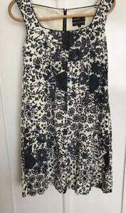 Cue Sleeveless Dress Size 14