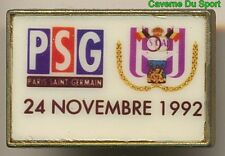 PIN'S BADGE MATCH PSG - RCS.ANDERLECT BELGIQUE COUPE DE L'UEFA 24-11-1992