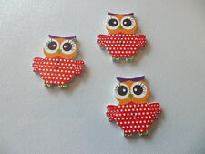 10 x Woodens  Buttons, Craft andTextiles Card MAKING - Red POLKADOTS Owls