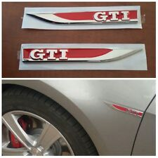 Coppia Fender Fregio Emblema Logo Laterale Volkswagen VW Golf V 5 VI 6 VII 7 GTI
