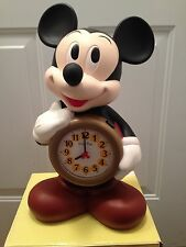 VINTAGE DISNEY MICKEY MOUSE TALKING IN JAPANESE ALARM CLOCK IN BOX SUPER RARE