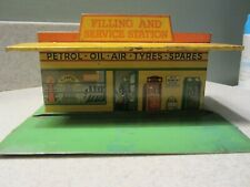 Pre War Dinky toys Meccano 48 filling and service station