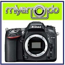 Nikon D7100 Body + 8GB + Bag