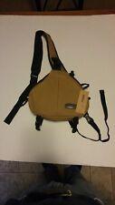 Caden DSLR Camera Bag Case Messenger Shoulder