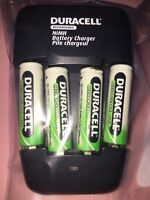 Duracell Rechargeable Battery Charger Model CEF14N NiMH 4 AA 2 AAA Batteries
