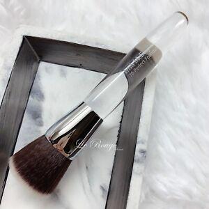 Trish McEvoy Perfect Foundation Brush #76 flat top kabuki brand new