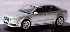 Audi rs 4 b7 sedán 2005-09 plata Silver metallic 1:43