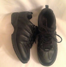 Shoes athletic mens size 9.5 Wide EUR 42 new man made materials Cross Trekkers