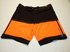 Men's Billabong Platinum X Board Shorts / Swimming Trunks Orange & Black Size 40