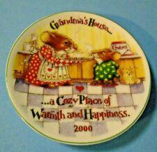 "2000 Hallmark Keepsake Ornament ""Grandma's House"" Collector's Plate"