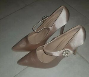 True Decadence Women's Fabulous Pink Jewelled Shoes Size UK 6 /39EUR