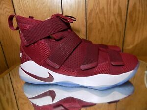 """MENS NIKE LEBRON SOLDIER XI 11 """"CAVS"""" RED CASUAL SNEAKERS SHOES 943155-602 14.5"""