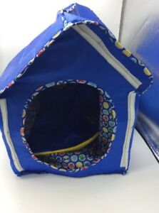 Build a Bear Collapsible Dog House Blue with blanket
