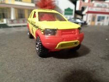 MATCHBOX  1999 LAND ROVER FREELANDER,  YELLOW    1:64 SCALE DIE-CAST  5-4-13