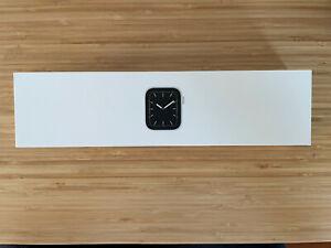 Apple Watch Series 5 - 44 mm - Aluminum - GPS + Cellular - NICE