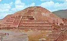 Mexico San Juan Teotihuacan Pyramid to the Moon Piramide de la Luna