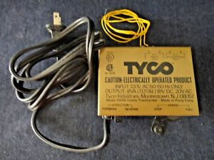 L10 Vintage Tyco Train Transformer Model 899B input: 120V, Output: 6VA