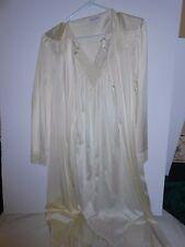 Vanity Fair Peignoir Set Size Sm Matched Set Lt Yellow All Nylon Classic Gown