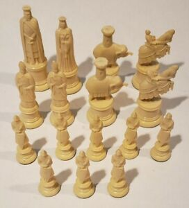 Vintage Kingsway Florentine Replica 11th Century Chess White Replacement Pieces