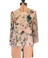 Cue blouse top floral print beige 3/4 flutter sleeve round neck as new size 8