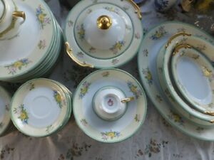 1960's Green floral dinnerware dinner china set 87 pieces made in Japan