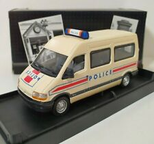 VEREM 1/43 Renault Master Police Réf V261