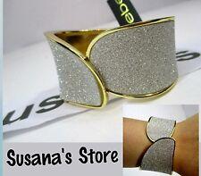 nwt bebe GLITTER OVERLAP BRACELET Instant-edge hinge bracelet with a glitterpave