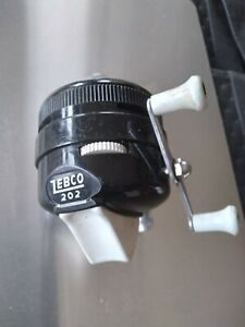 Vintage Zebco 202 Casting Reel Black w white Handle  made in USA Fishing Tackle