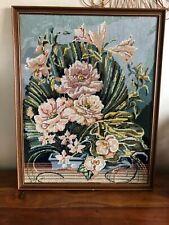 CANEVAS TAPISSERIE FINI avec ENCADREMENT VINTAGE  68  X 55 cm bouquet orchidées