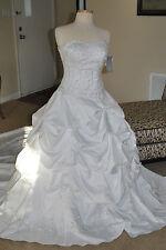 Oleg Cassini  Bridal Gown Style CT291, Strapless / Sweetheart Neckline