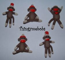 5 SOCK MONKEY THEMED NOVELTY CRAFT BUTTONS - CARDMAKING/SEWING