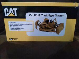 Norscot 55025 1:50 Scale Caterpillar D11-R Bulldozer NIB