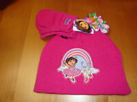 GIRLS TODDLER DORA RAINBOW  HAT AND MITTENS SET   SIZE (ONE SIZE FITS ALL)  NWT