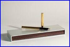 S.T.DUPONT PARIS 1980s design fountain pen, in pin stripe gold  / F 585 14K nib