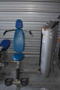 Hoist Roc-It Selectorized Shoulder Press Machine