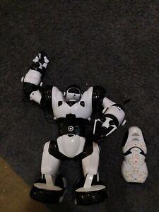 "WowWee  Robosapien x, 14"" Humanoid Robot - White"