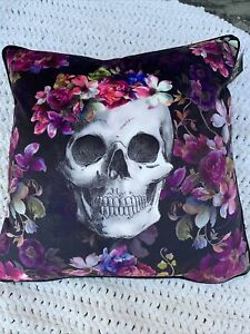 "NEW Cynthia Rowley Curious Halloween BEAUTIFUL Skull Feather Throw Pillow 20""x20"