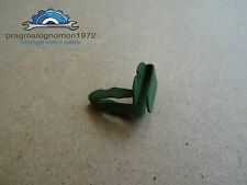 VOLVO AMAZON 121 122 P1800 PV 544 DUETT  DOOR PANEL CLIP GENUINE VOLVO