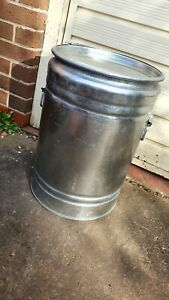 Galvanised Pest proof Animal Feed Storage Bin Can with handles