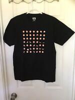 UNIQLO Dark Colored T-Shirt (Medium)