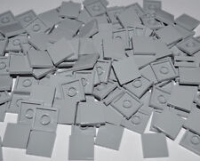 LEGO PARTS- 200X TILES LIGHT BLUISH GREY 2X2 STUDS/FLAT SMOOTH BUILDING PCS 3068